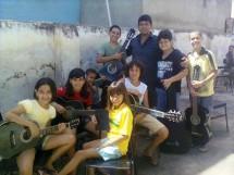 música_orquestra do Ponto de cultura cantiga de ninar_lucas (5)