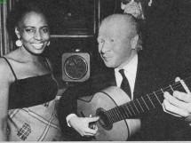 Com Miriam Makeba em 1955 _22