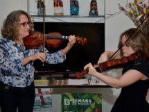 Amanda Miranda e sua mãe Sueli Miranda