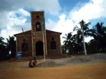 Assentamento Dona Antônia_ Igreja Católica em construção