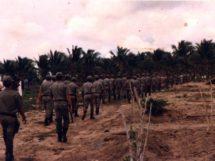 Assentamento Dona Antônia_ policiais_ordem para desocupar a terra