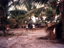 Assentamento Dona Antônia_ quando tudo começou_palhoças
